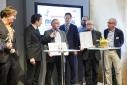 """Die Lerleihung des Mercur '15 in der Kategorie """"Life Sciences"""" an die """"caregency GmbH"""""""