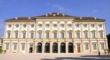 Palais Liechtenstein wo am 22.12. der Coca-Cola-Weihnachtstruck sein wird - Quelle: http://www.planet-vienna.com/spots/Palais/liechtenstein_gartenpalais/liechtenstein_garten.htm