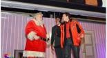 Auf der Bühne Moderator Philipp Pertl mit dem Coca-Cola Weihnachtsmann und Fußballstar David Alaba, Copyright @ Sebek M.