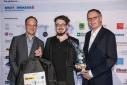 v.l.n.r. Dipl. Ing. Martin Bardeleben (Google Österreich), Gewinner des 3. Platzes in der Kategorie Studierende, Dr. Stefan Buchinger (BMWFW)