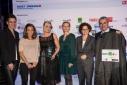 v.l.n.r. Mag. Alice Fleischer (WIFI Österreich), Gewinnerteam des Sonderpreises, Mag. Elisabeth Zehetner-Piewald (GF Junge Wirtschaft, Frau in der Wirtschaft & Gründerservice WKO), Vorstandsmitglied der Erste Bank Dr. Peter Bosek