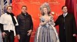 v.l.n.r. GF Madame Tussauds Wien - Arabella Kruschinski, Botschafter von Frankreich Pascal Texeira da Silva, Marie Antoinette, Sandor Habsburg-Lothringen