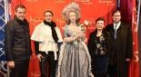 v.l.n.r. Botschafter von Frankreich Pascal Texeira da Silva, GF Madame Tussauds Wien - Arabella Kruschinski, Marie Antoinette, Herta Margarete Habsburg, Sandor Habsburg-Lothringen
