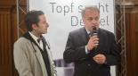 Philipp Pertl beim Interviewen