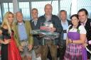 1.WienerTrachtenbungee - Yvonne Rueff (Dancer against Cancer),Hans Georg Heinke,Alexander Ruthner (Donauparkbahn), Finalist Ignaz, Bert Copar (Donauturm), Irene Novak (Dirndlmacherei), Philipp Pertl
